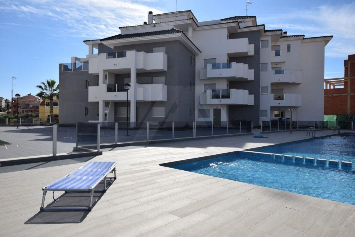 Lägenhet i Las Fillipinas SGB1CBS1