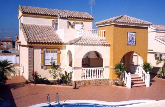 Rijtjeshuis in Gran Alacant MAA14CBS1