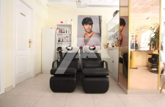 Hairdresser´s and Beauty salon LM58CBS1