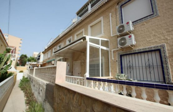 Townhouse close by the beach LM70