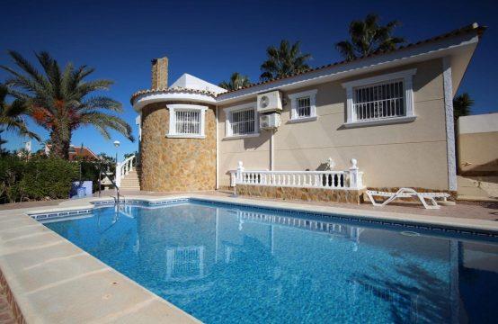 Spacious villa LM77