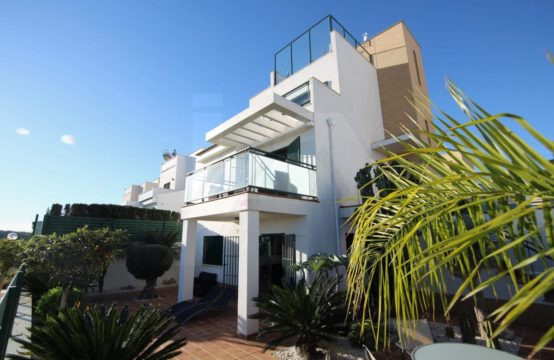 Villa with views 33000-026