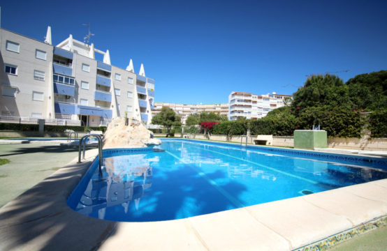 apartment close by the beach of La Mata LM90