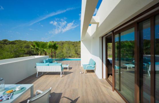 Villa in Las Colinas 13052-041