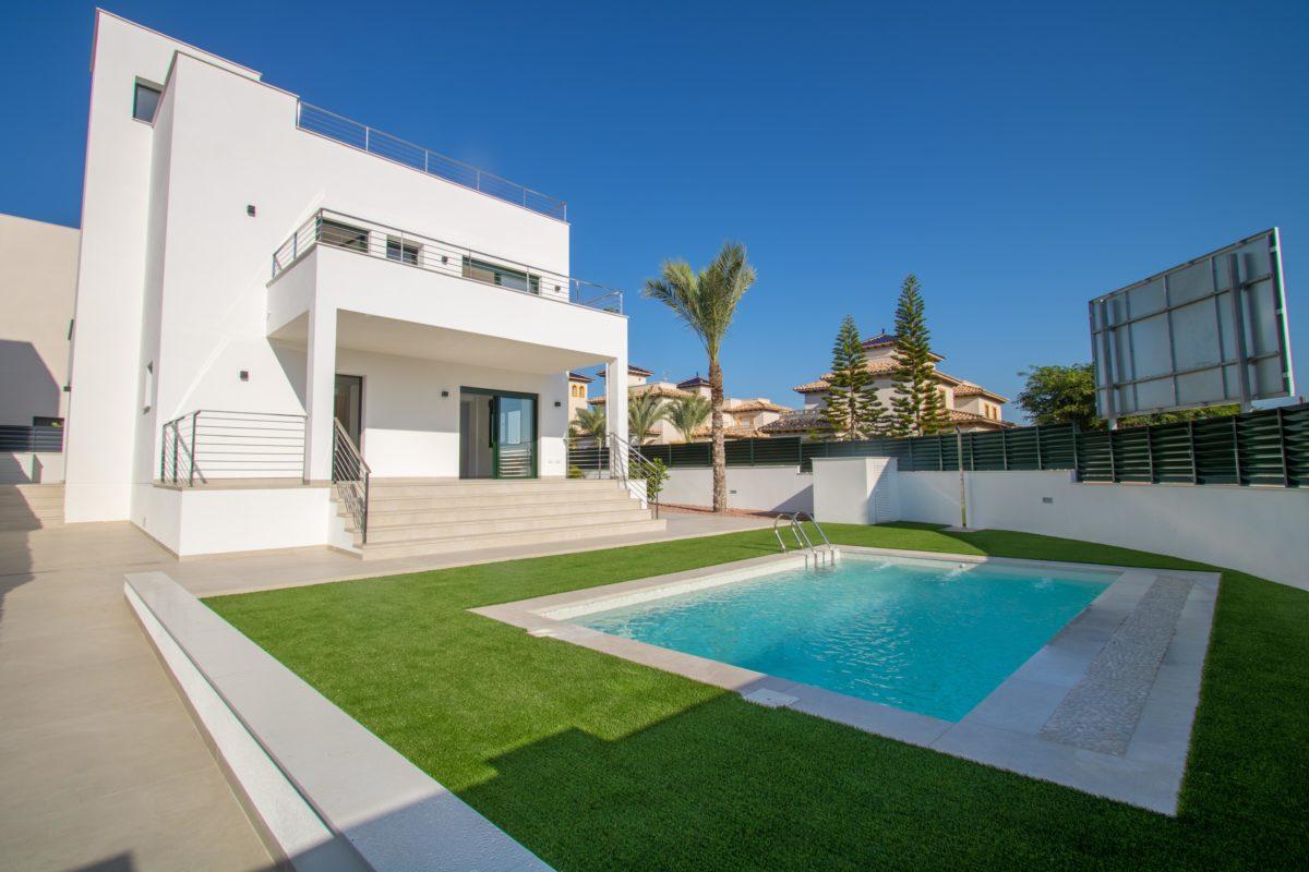 Villa in La Marina 13125-014
