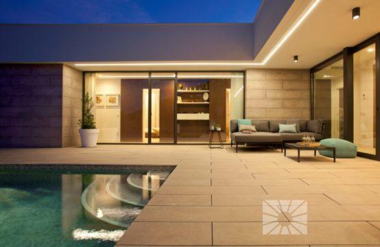 Nice villa with a view in Cumbre del Sol 13123-080