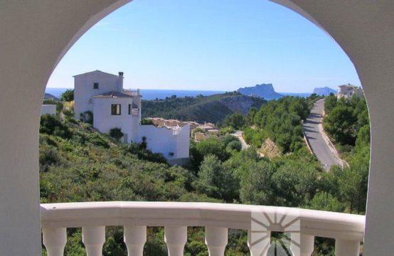 Villa in Cumbre del Sol 13123-040