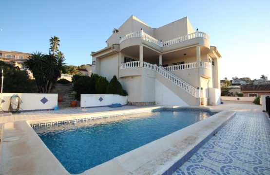 Great villa in Almoradi LM103