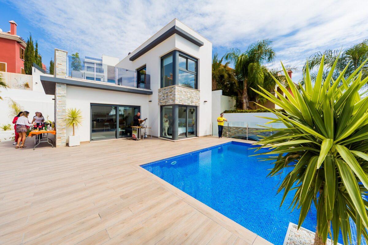 Villa in Finestrat 13081-052