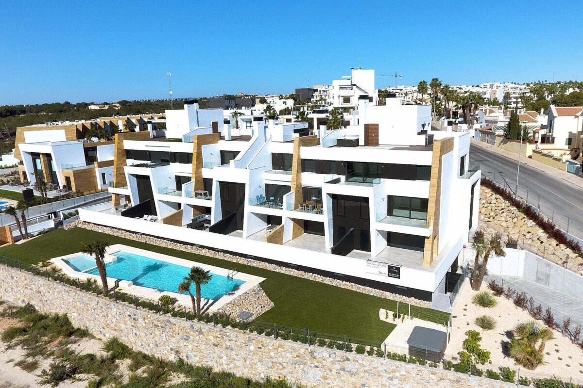 Apartament Penthouse in Villamartin 11014-040