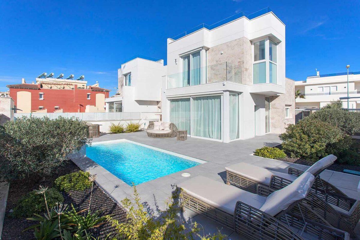 Villa i Aguas Nuevas 13015-010