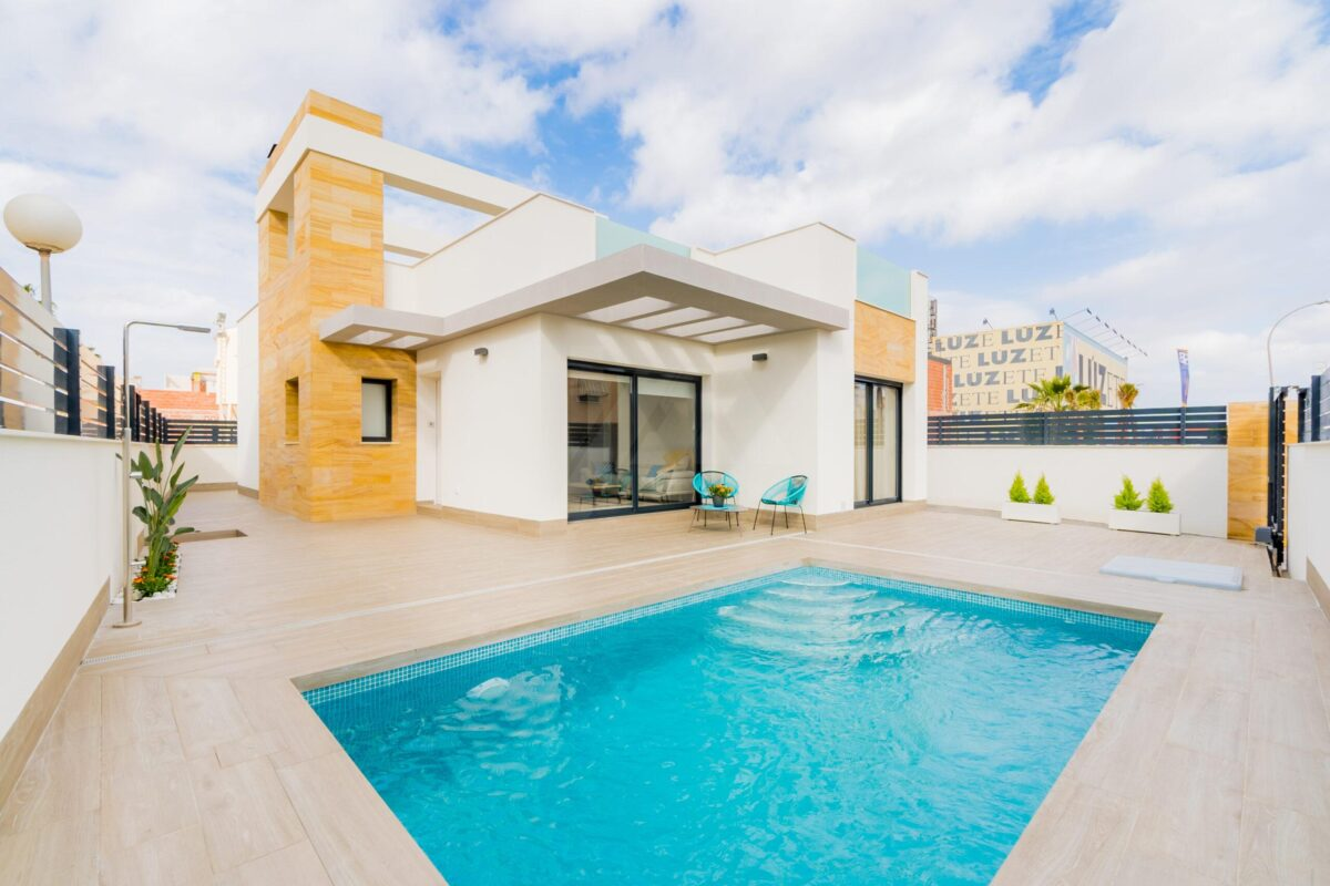 Villa in Torrevieja 13123-012