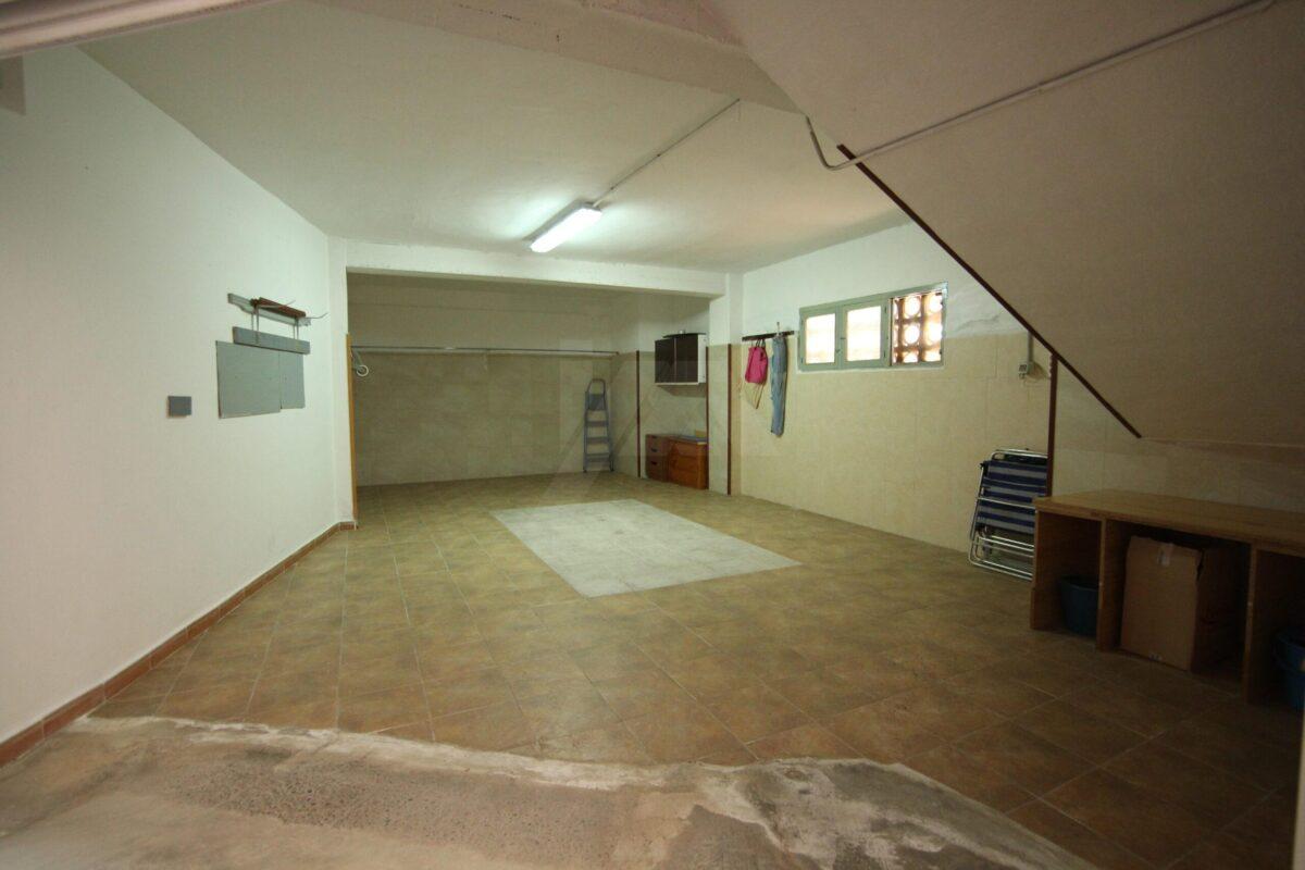 Garage à Torrevieja LM115